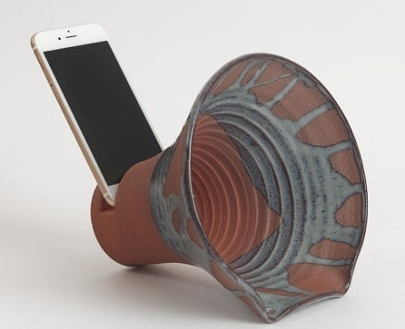 tech gifts_clay speaker