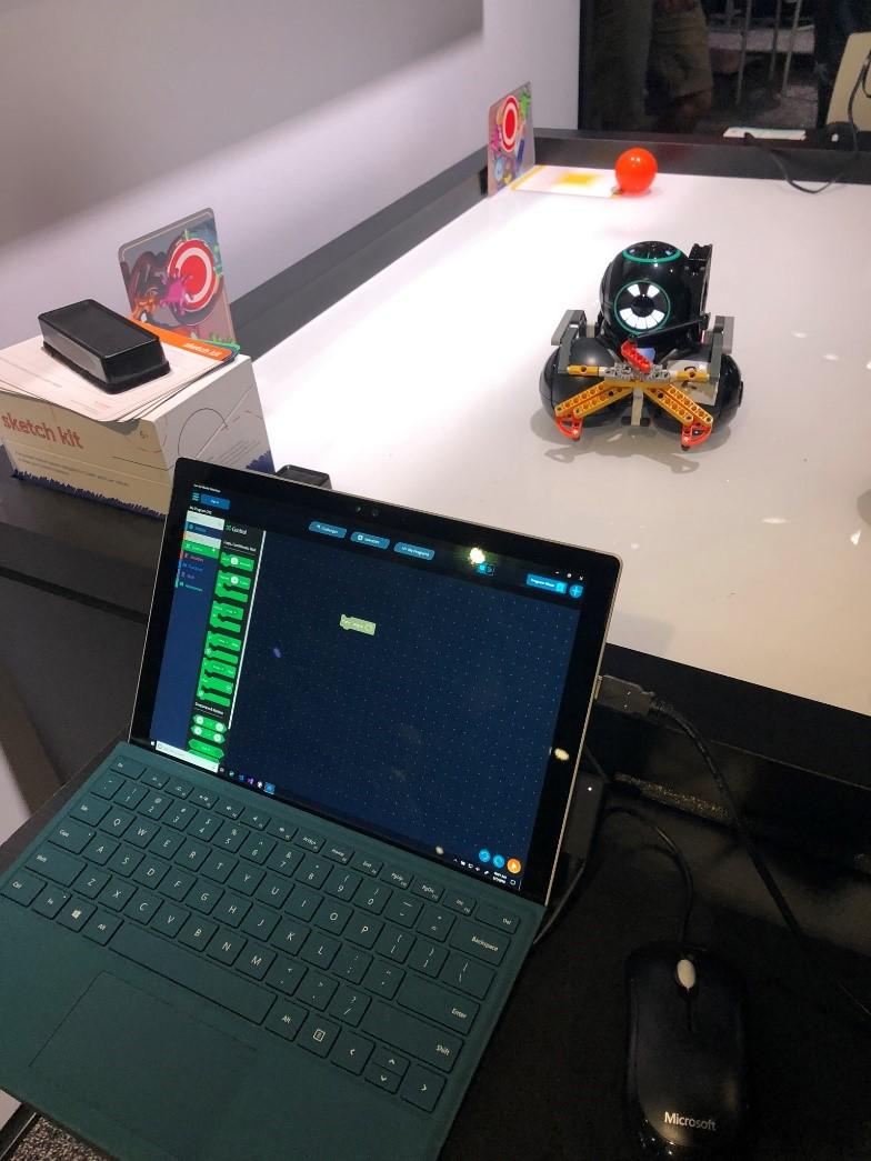 robot sketch kit at kids corner build